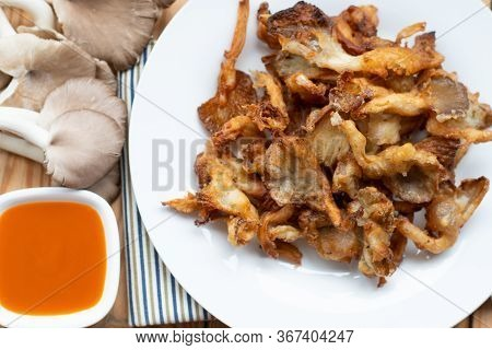 Fried Indian Oyster, Fried Mushroom Or Deep Fried Mushroom With Dip