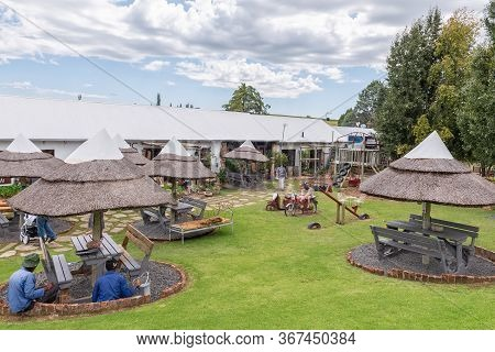 Clocolan, South Africa - March 20, 2020: View Of The Cabin Road Stall, Near Clocolan In The Free Sta