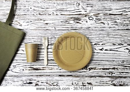 Natural Eco-friendly Disposable Utensils Fork, Spoon, Dish Plate, Bowl, Cup And Fast Food Box Contai