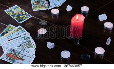 New York, Usa-19.05.2020:candlelight Divination On Religious Holidays And Christmas. On The Table Ar