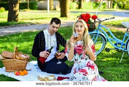 Couple In Love Picnic Date. Spring Weekend. First Date Ideas Guaranteed To Win Her Heart. Enjoying T