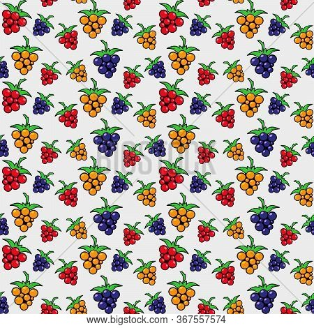 Seamless Pattern Of Colorful Berries Of Different Sizes. Blackberries, Raspberries And Bramble On A