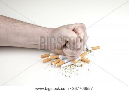 Stop Smoking And Quit Smoking Cigarettes Concept