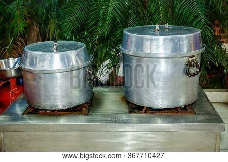 Cooking Momo In Big Pot At Momo Restaurant In Kathmandu,nepali Style Momo Pot