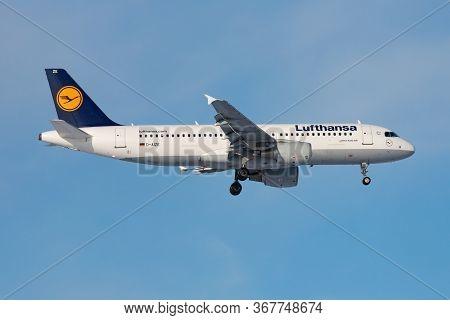Frankfurt / Germany - December 8, 2012: Lufthansa Airbus A320 D-aize Passenger Plane Landing At Fran