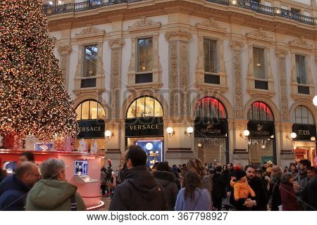 Milan - Christmas 2019: Vittorio Emanuele Shopping Gallery Near Milan Dome Plaza.hires.