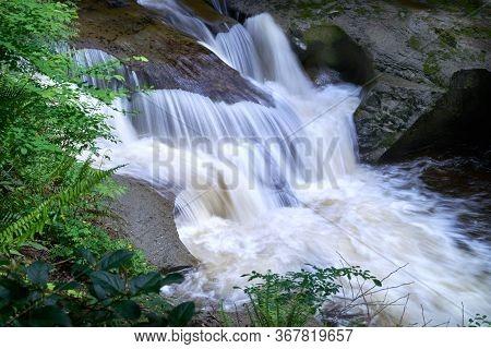 Cliff Falls Kanaka Creek Park. Water Flowing Over Cliff Falls In Kanaka Creek Regional Park.