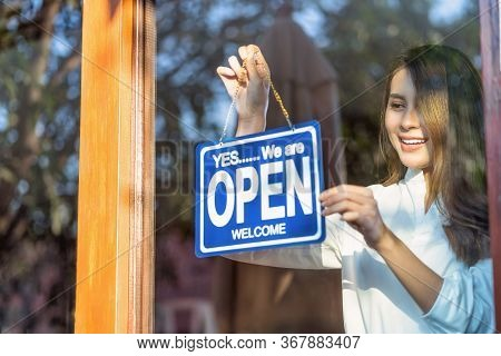 Asian Young Asian Woman Setting Open Sign At The Shop Glasses For Welcome The Customer In To The Cof