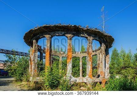 Unusual Ruins At An Abandoned Factory