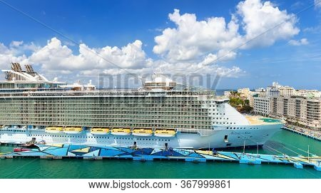 San Juan, Puerto Rico - March 28, 2019: Cruise Ship Royal Caribbean Allure Of The Seas Docked At Por