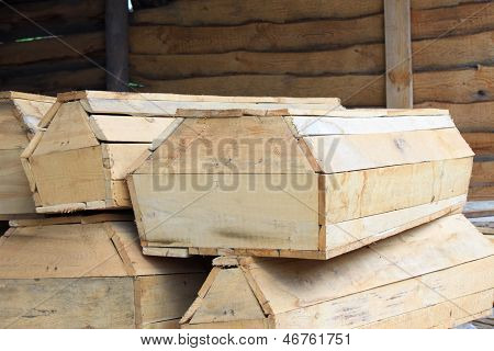A few pieces of wooden coffins