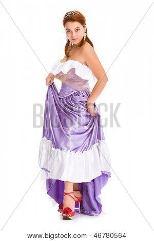 Junge attraktive Frau in Ball-Kleid.