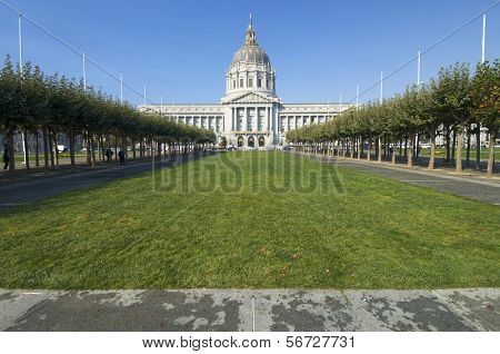 exterior view of the city hall of San Francisco, USA poster