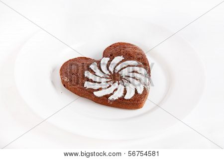 Brown Heart Shaped Cookie With Sugar Powder