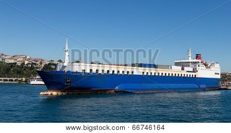 Roro Ship
