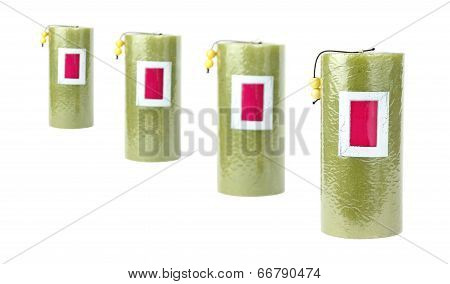 4 Green Candles