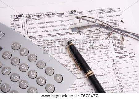 Federal Tax Form Calculator And Pen