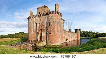 Caerlaverock Castle Scene