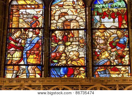 King Merchants Nobles Stained Glass Salamanca New Cathedral Spain
