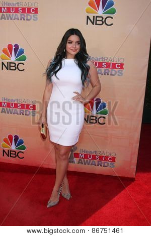 LOS ANGELES - MAR 29:  Ariel Winter at the 2015 iHeartRadio Music Awards at the Shrine Auditorium on March 29, 2015 in Los Angeles, CA