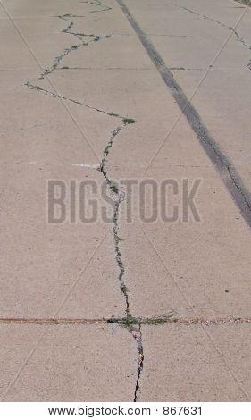 Cracked Highway