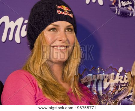 SOELDEN, AUSTRIA Oct 22 2009 Lindsey Vonn  during the Serge Lang Trophy presentation awarded to Lindsey Vonn (USA) for her achievements during the 2008/09 season.
