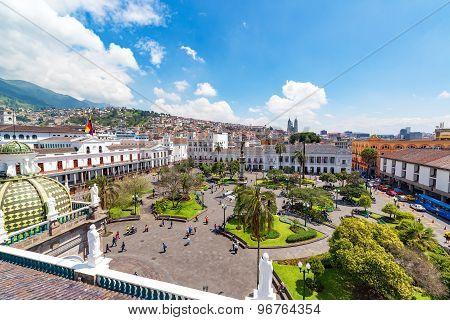 Plaza Grande View In Quito