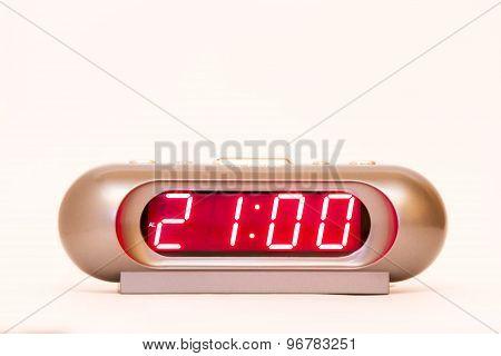 Digital Watch 21:00