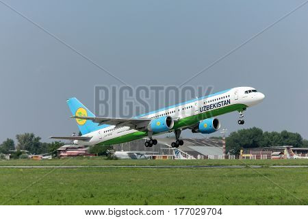 Airliner Boeing-757 Uzbekistan Airlines takes off from the airport Rostov-on-Don Russia Date of photographing 08/07/2011.