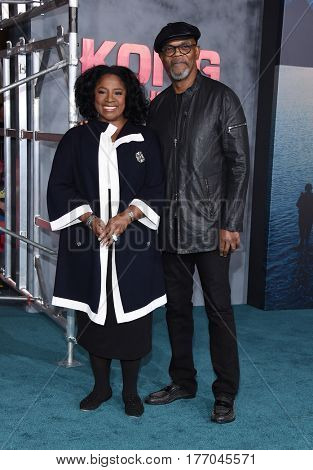 LOS ANGELES - MAR 08:  Samuel L. Jackson and LaTanya Richardson arrives for the