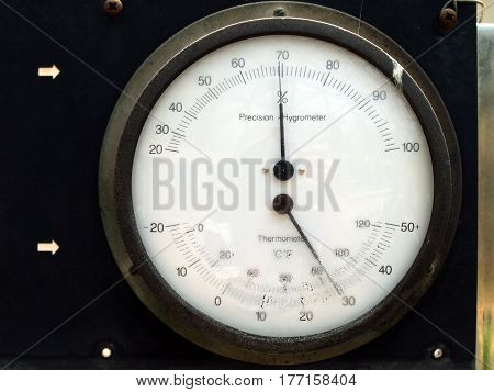 Hygrometer and thermometer, measuring device for air humidity and temperature in greenhouse