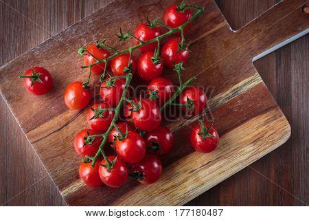 Fresh Raw Cherry Tomatoes