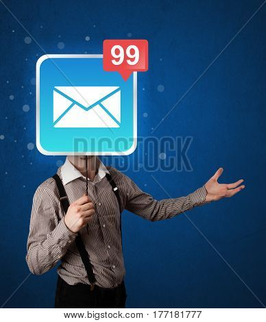 Casual businessman holding square sign with unread mail icon