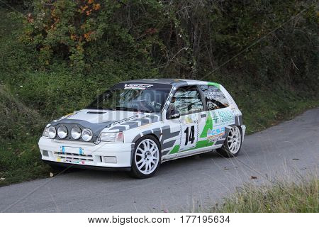 Acquasanta Italy - November 01 2016 - Rally of the Valli Genovesi: The Renault Clio sport 2000 conducted by 'crew Volpi-Rocca during the race.