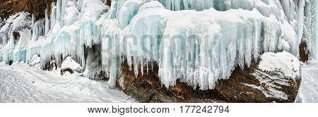 Splash Ice On Cape