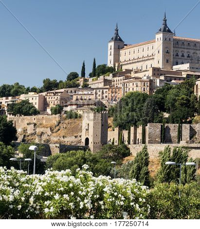 Toledo (Castilla-La Mancha Spain): the Alcazar historic castle