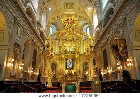 QUEBEC CITY - SEP. 10, 2011: Basilique Notre-Dame-de-Quebec in Old Quebec City, Canada.