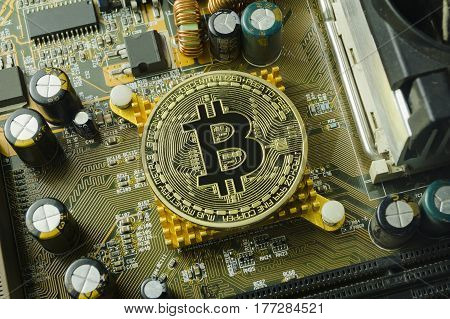 Crypto currency, bitcoin and computer fee finance