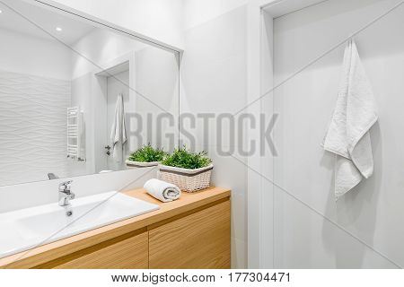Bathroom With Structural Tiles