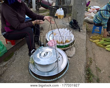 Che is (Vietnamese pronunciation) favorites streetfood in Vietnam