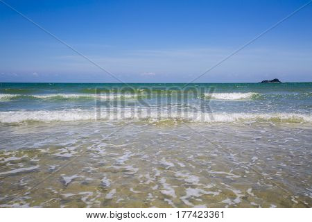 Sea View From Tropical Beach With Sunny Sky. Summer Paradise Beach Of Samui Island.exotic Summer Bea