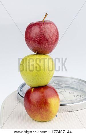 apples on a balance