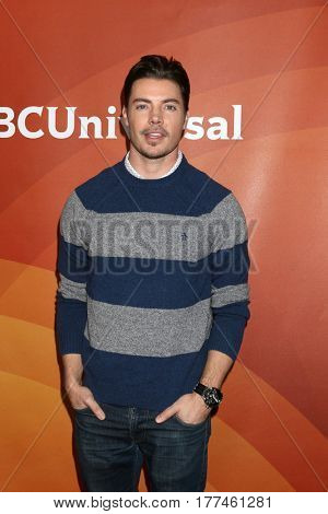 LOS ANGELES - MAR 20:  Josh Henderson at the NBCUniversal Summer Press Day at Beverly Hilton Hotel on March 20, 2017 in Beverly Hills, CA