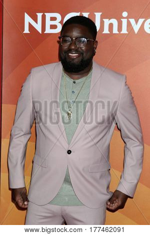 LOS ANGELES - MAR 20:  Lil Rel Howery at the NBCUniversal Summer Press Day at Beverly Hilton Hotel on March 20, 2017 in Beverly Hills, CA