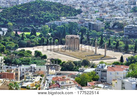 Temple of Zeus in Athens Greece built in honor of the god Zeus