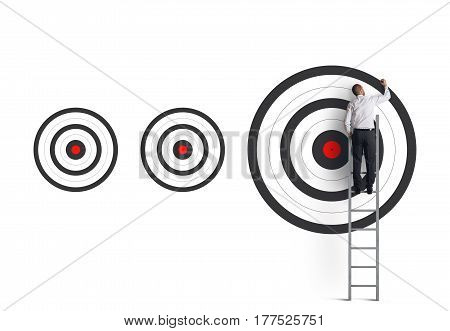 Strike the biggest target. Achieve more important goals in work concept