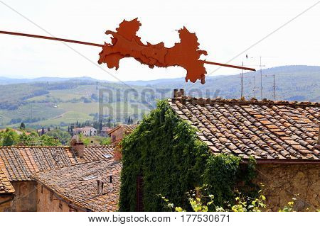 Travel To San Gimignano, Italy. The View On The Red Tile Roofs Of Houses.