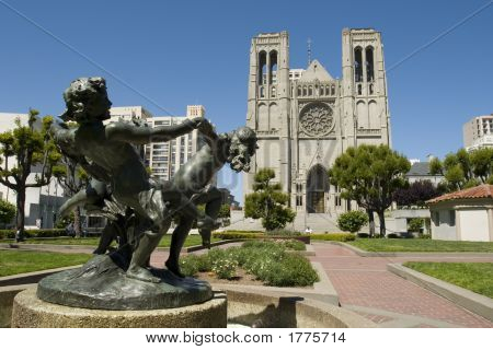 Fountain And Grace Cathedral