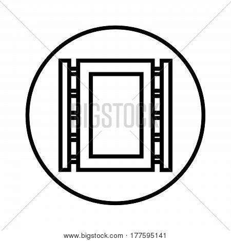 Thin Line Photo Cliche Icon