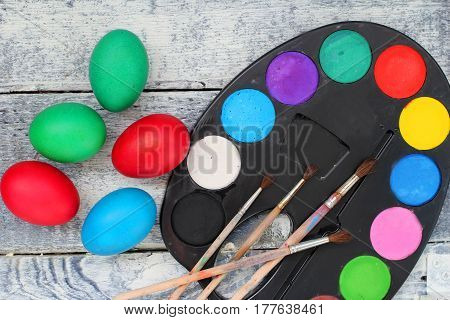 Easter (Catholic Easter Sunday and Orthodox Easter Sunday): egg, paint, bright colors, holiday